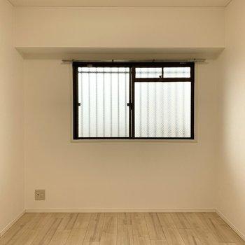 【洋5西】もう1部屋も同じ大きさ。