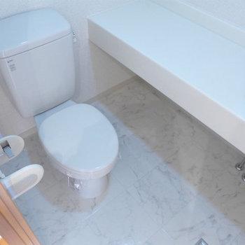 シンプル、清潔感はありますよ!(※写真は11階の同間取り別部屋のものです)