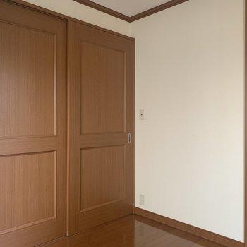 【洋室】仕切って、空間分け〜!※写真は1階の同間取り別部屋のものです