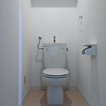 トイレは広めです。