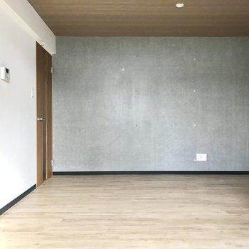 コンクリート壁かっこいい!※写真は同間取り別部屋です