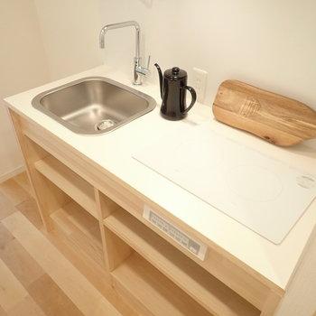 【家具イメージ】キッチンはシンプルですがお部屋の雰囲気にもばっちり