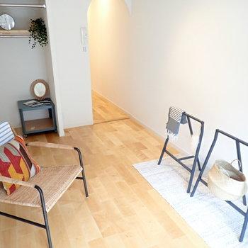 【家具イメージ】優しい色合いのバーチ材。早く帰りたくなるお家になりますように。