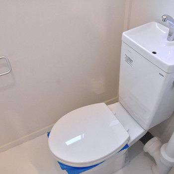 トイレはこちら。※写真はモデルルーム