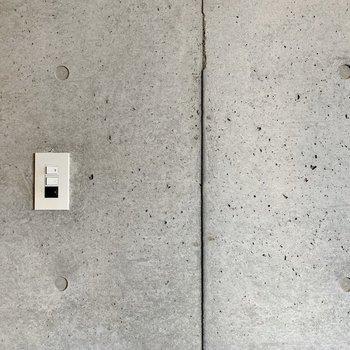 壁の質感。