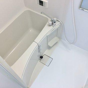 追い焚き・浴室乾燥の付いた優秀さん☆。※写真は同タイプの別部屋のもの