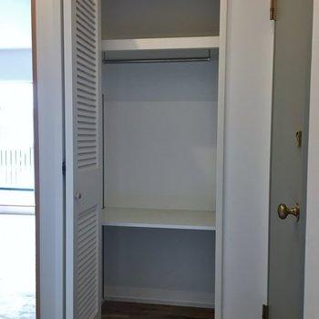 廊下にシューズやコートを収納しましょう!。※写真は同タイプの別部屋のもの