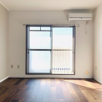 最上階・角部屋、しかも南向きという好条件のお部屋です。