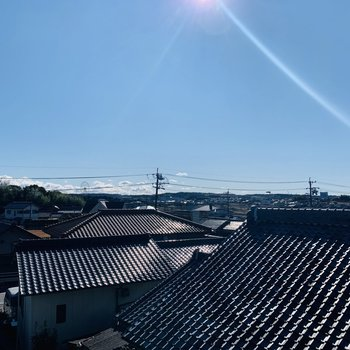 日本文化「瓦」を望む