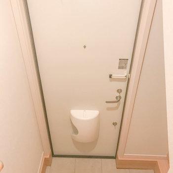 玄関はすっきりさせたいですね