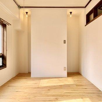 洋室奥の空間は、、、?