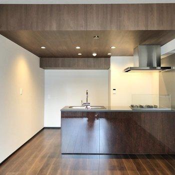 【LDK】キッチンは対面式です。