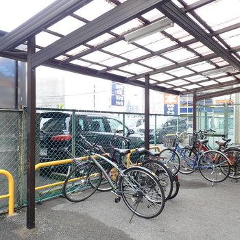 共用部】駐輪場は屋根があります。