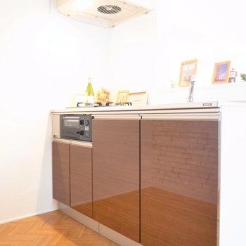 キッチンスペースはゆとりがあって動きやすいです!