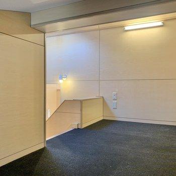 【4階ロフト】こちらにも照明とコンセント付き。※写真は前回募集時のものです