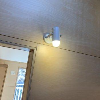 階段のところにある照明も可愛くて愛しい。※写真は前回募集時のものです