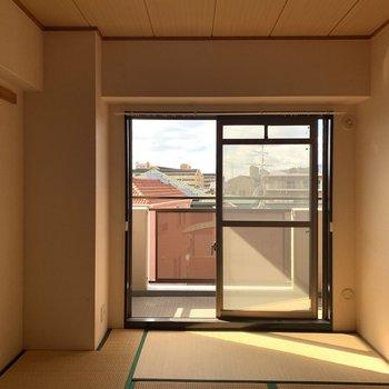 【工事前】日当たりはいいので、無垢床で更に素敵なお部屋にしちゃいましょう〜〜