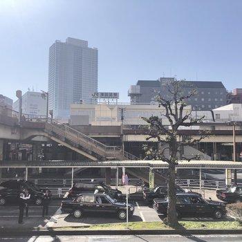 津田沼駅周辺はお店が沢山ありますよ。