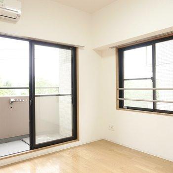 洋室は約6.6帖。すっきりレイアウトしたい(※写真は4階の反転間取り角部屋のものです)