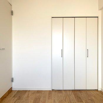 寝室にぴったりな5畳サイズ。