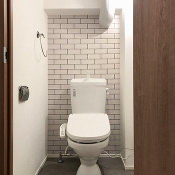 トイレも綺麗に生まれ変わりました!(※写真は2階の同間取り別部屋のものです)