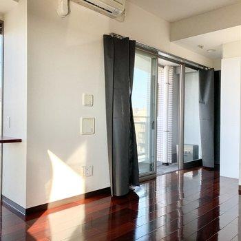 開放感がありながらも落ち着くお部屋です。※写真は3階の同間取り別部屋のものです