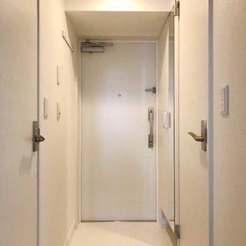 明るい玄関から今日も元気よく行ってきます♪