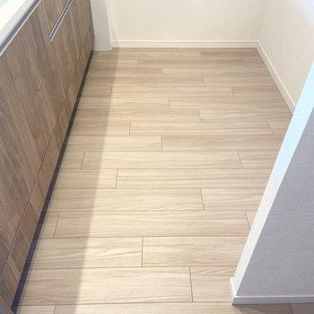 【LDK】キッチンスペースは約3.1帖です。 ※写真は7階の同間取り別部屋のもの