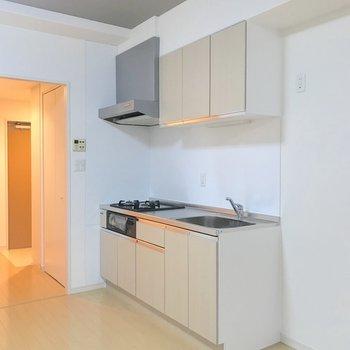 キッチンはお部屋の隅に。