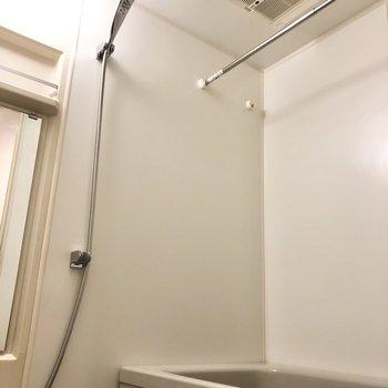 浴室乾燥機がありますよ。
