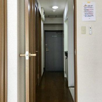 ※写真は3階の反転間取り別部屋のものです