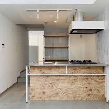 キッチンも素敵ですね〜♪