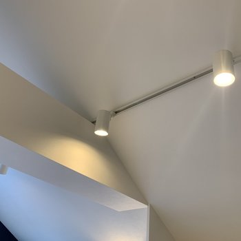 照明もお部屋とマッチしています。