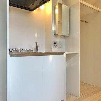 キッチン兼、洗面台です。