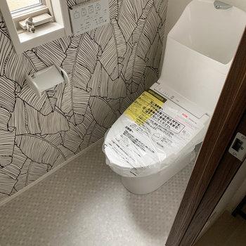 トイレは階段付近に