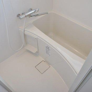 バスルームが綺麗なのも嬉しいポイント♪。※写真は類似タイプのお部屋のもの