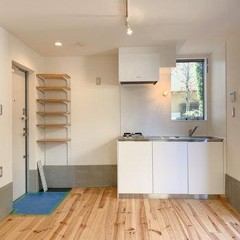 【1F】キッチンは1階に。