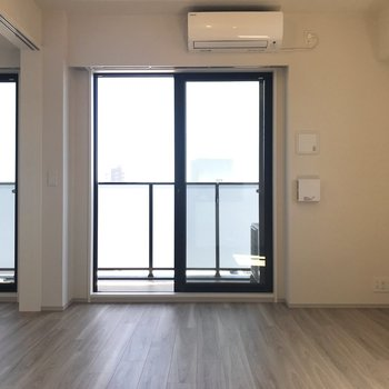 【DK】洋室との扉を開ければ、より開放的になります。