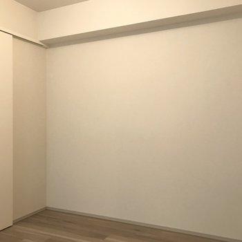 【洋室②】ここはベッドルームにしようかな。