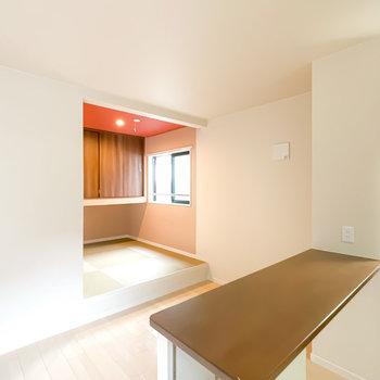 畳の小上がりのある、デザイナーズのお部屋です!