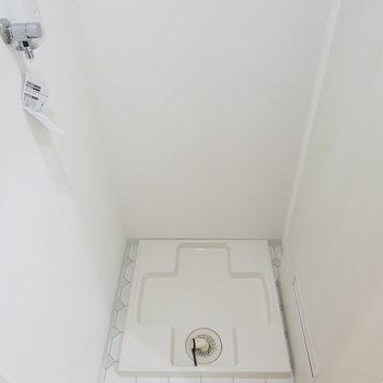 洗濯機置き場も2階です