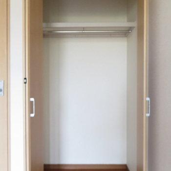 クローゼットもしっかりと(※写真は2階の同間取り角部屋のものです)