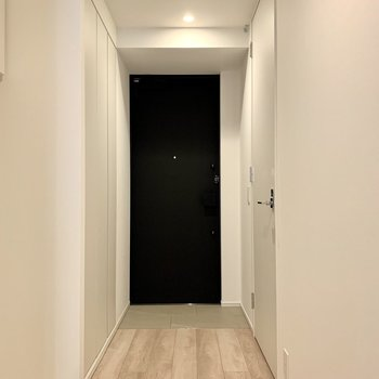 玄関は段差が少なめ。躓くこともなさそう。