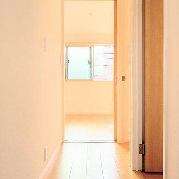 2階も日当り良好◎1番奥のお部屋から。