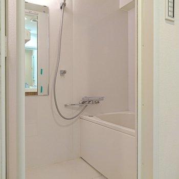 乾燥機付きの浴室ですから、乾きが早いです。