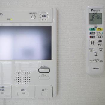 大画面モニターホンで安心(※写真は6階の同間取り別部屋のものです)
