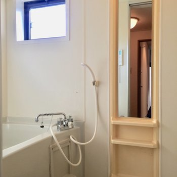 浴室乾燥や窓など、嬉しいポイントがいっぱいですね。