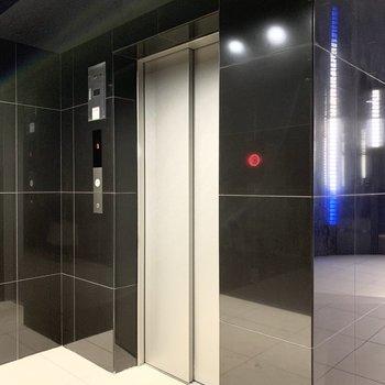 エレベーターも広めでしたよ。