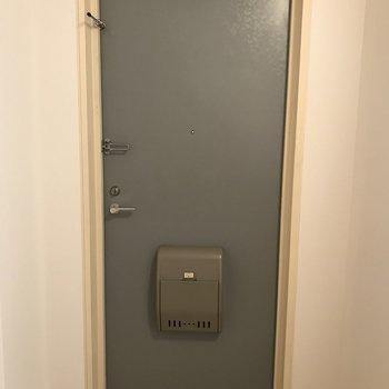 玄関を見てみましょう※写真は前回募集時のものです