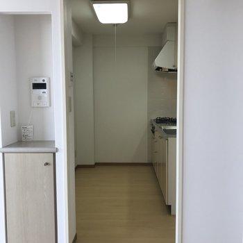 キッチンは食器棚も置けそう※写真は前回募集時のものです
